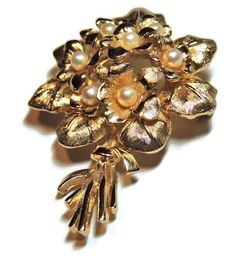 BOUCHER Brooch Vintage Brooch Pearl Flower Brooch by OodlesofBling