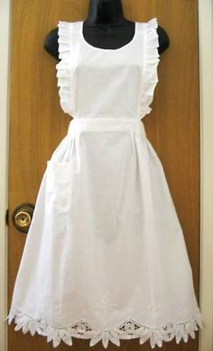 New White Battenburg Lace Ruffles Bib Apron Halloween x'mas Thanksgiving Costume…