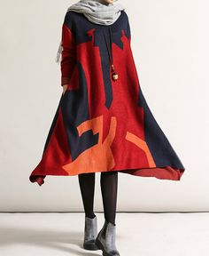"Fabrics; Cotton Colors;  red, green Size Shoulder no limit Bust 108cm / 42 "" Shoulder + Sleeve 61cm / 24 "" Length 103-116cm / 40-45 "" Hem 260cm / 101 ""  Have any questions ..."