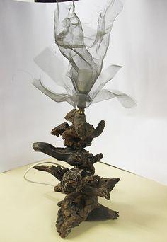 produzione e vendita di lampade artigianali totalmente realizzate a mano da sciami lamp che sarei io e  coltelli e articoli per arredamento