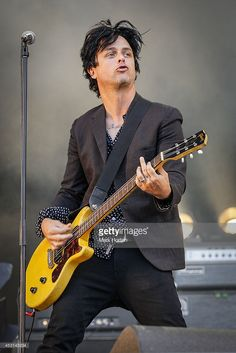 Billie Joe Armstrong performs with The Replacements on Day 3 of the Osheaga Music and Art Festival on August 2014 in Montreal, Canada. Billy Green Day, Shameless Scenes, Billie Joe Armstrong, New Day, Beautiful People, Greenday, Sexy, Montreal Canada, Art Festival