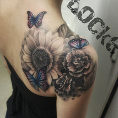 Gray wash flowers and butterflies #girlswithink #sunflower #tattoos @ #lockestudios Andy Locke original