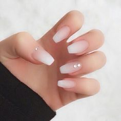 opi nail polish Ombre nails are very trendy now. You can achieve the desired effect by using nail polish of different colors. To help you look glamorous, we have found 30 pictures of beautiful nails. Gorgeous Nails, Love Nails, Perfect Nails, Heart Tip Nails, Beautiful Nail Polish, Style Nails, Amazing Nails, Amazing Makeup, Prom Nails