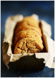 Peanut Butter Cookies w/ milk chocolate chunks l by Fit, fun & delish!