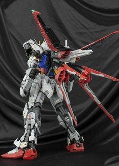 PG 1/60 Aile Strike Gundam - Customized Build     Modeled by ghost