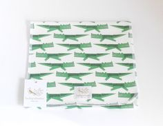 organic Burp cloth Crocodile 100 certified US by luckypalmtree