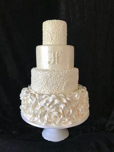 fall wedding cakes Without Fondant Fake Wedding Cakes, Fondant Wedding Cakes, White Wedding Cakes, Elegant Wedding Cakes, Elegant Cakes, Beautiful Wedding Cakes, Gorgeous Cakes, Wedding Cake Designs, Wedding Cupcakes