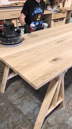 Woodworking Workbench, Woodworking Projects Diy, Diy Wood Projects, Woodworking Shop, Farmhouse Table Plans, Woodworking Techniques, Pallet Furniture, Resin Crafts, Beautiful Pictures