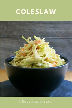 Cole Slaw ohne Majo oder Krautsalat American coleslaw, but without mayonnaise, but with sour cream. So more coleslaw? Cajun Shrimp Boil Recipe, Seafood Boil Recipes, Shrimp Recipes, Pork Recipes, Coleslaw Salad, Coleslaw Dressing, Cabbage Salad Recipes, Pork Burgers, Boiled Food