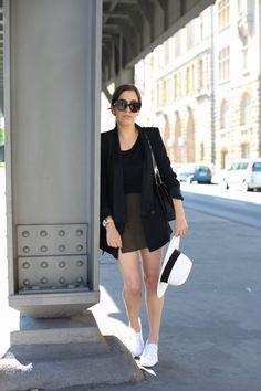 CASUAL IN BERLIN   Fiona from thedashingrider.com wears a Shirt from Zalando, Zara Blazer, H&M Skorts, Superga Cotu Classics and a Saint Laurent Bag #ootd #whatiwear
