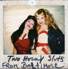 Ramona Rickettes (Susan Tyrrell) & Wanda Woodward (Traci Lords) - Cry Baby