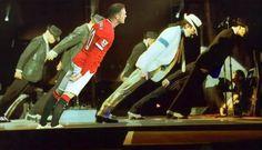 Napastnik Manchesteru United tańczy z Michaelem Jacksonem • Wayne Rooney wygina się w Smooth Criminal • Wejdź i zobacz śmieszny mem >> #rooney #memes #manutd #manchesterunited #football #soccer #sports #pilkanozna #funny