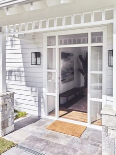 Exterior Cladding Australia Beach Houses Ideas For 2019 - Modern Hamptons Style Homes, Hamptons House, The Hamptons, Hamptons Kitchen, Hamptons Decor, Exterior House Colors, Exterior Design, Exterior Houses, Wall Exterior