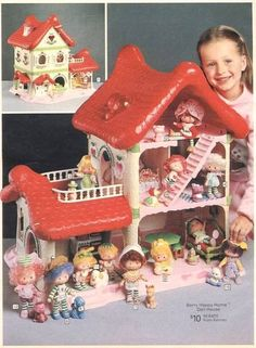 Strawberry Shortcake: Berry Happy Home Doll House Produced by Kenner in this huge doll house included, a front porch, balcony, and skylight, all spread out over three floors. Eclair, Strawberry Shortcake House, Jem Et Les Hologrammes, Sweet Home, 1980s Toys, Holly Hobbie, 80s Kids, Oldies But Goodies, Christmas Morning