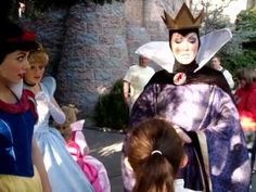 Is the queen still jealous of Snow white, asks Amelia? - YouTube