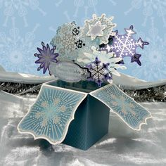 Project made using Card-in-a-box Snowflake Explosion by Hunkydory Crafts http://www.hunkydorycrafts.co.uk/acatalog/Card-In-A-Box---Snowflake-Explosion--SELB109.html#SID=282