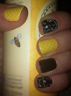 Jamberry Nails~ It's a Bumble Bee combo... Lemon Quatrefoil, Black Floral and Darkest Black  www.ellend.jamberrynails.net Jamberry Nails Consultant, Jamberry Nail Wraps, Jamberry Sample, Funky Nails, Cute Nails, Pretty Nails, Pedicure Designs, Nail Designs, Gelish Nails