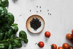 Vegan Fresh Tomato Soup with Black Pepper