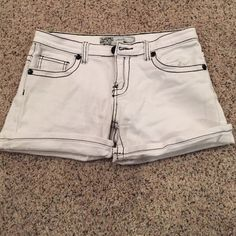 White shorts Hardly worn! They're an appropriate length short and I wore them for summer time events when heat was unbearable. Very classy and can be cuffed or unrolled Shorts Jean Shorts