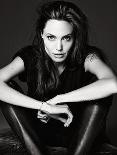 Angelina-Jolie-Elle-US-Hedi-Slimane-03.jpg