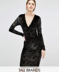 Buy New Look Tall Velvet Foil Ruched Bodycon Dress at ASOS. With free delivery and return options (Ts&Cs apply), online shopping has never been so easy. Get the latest trends with ASOS now. Short Long Dresses, Tall Dresses, Women's Dresses, Velvet Skater Dress, Black Bodycon Dress, Dress Black, Clothing For Tall Women, Necklines For Dresses, Ruched Dress