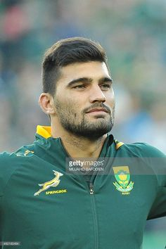 South African Springboks centre Damian de Allende stands during the National anthem ahead of a Rugby Championship Rugby union match against New Zealand All Blacks on July 2015 in Johannesburg. Go Bokke, South African Rugby, Rugby Championship, Trendy Mens Hairstyles, International Rugby, Instant Video, All Blacks, Photo Storage, Rugby Players