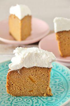 Vorig jaar won ik met dit recept (uit mijn boek) de Margriet herfst bakwedstrijd. Omdat het pompoen seizoen begonnen is maar m'n boek nog niet uit is zal ik dit heerlijke recept dus maar op deze ma... Healthy Sweets, Healthy Baking, Cake Recept, Baking Recipes, Dessert Recipes, Sweet Bakery, Happy Foods, Tasty Dishes, No Bake Cake