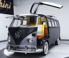 Kombi's DeLorean makeover takes Volkswagen back to the future Volkswagen Transporter, Volkswagen Bus, Vw Camper Bus, Ford Gt, Wolkswagen Van, Combi T1, Combi Split, Vw Classic, Vw Cars