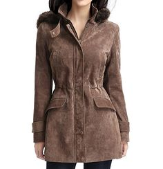 A pretty BGSD brown suede parka with a brown faux fur hood and zip-out lining.
