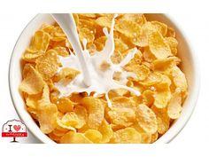 Fu in Michigan che i fratelli Kellogg inventarono per pura casualità i fiocchi di mais: impegnati a discutere della dieta vegetariana, lasciarono dei semi di grano cotto all'aria aperta che quindi diventò raffermo. Decisero di utilizzarlo lo stesso schiacciandolo sotto dei rulli ed ecco...i Corn Flakes. #ilovebaqery #kellogg #michigan #cornflakes #natipercaso #dietavegetariana