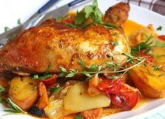 Marinated chicken with roast vegetables (all in one) Simple recipes Vegetarian Recipes, Cooking Recipes, Healthy Recipes, Simple Recipes, Czech Recipes, Marinated Chicken, Paleo Dinner, Convenience Food, Roasted Vegetables