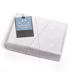 Gift Wrapping, Gifts, Paper Wrapping, Presents, Wrapping Gifts, Favors, Gift Packaging, Present Wrapping, Gift