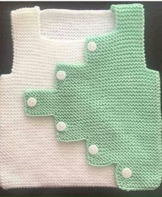 How To Make Zik Zak Cut Sweater Knitted As A Haraşo. Baby Knitting Patterns, Knitting Blogs, Knitting For Kids, Knitting Designs, Knitting Socks, Baby Patterns, Hand Knitting, Baby Cardigan, Knit Baby Dress