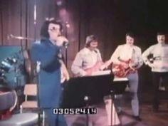 Elvis Presley. Elvis On Tour.1972 Las Vegas Hilton.(Receiving Gold Award Album ). - YouTube