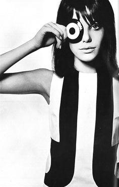Jane Barry, Vogue UK, 1965, photo by David Bailey