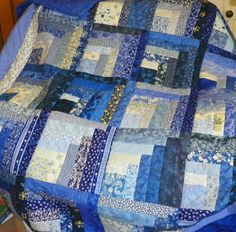 UNEVEN LOG CABIN QUEEN SIZED BLUE AND YELLOW QUILT