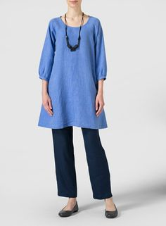 Linen Elbow Sleeve Tunic - Find the perfect balance of comfort and beauty with this chic tunic that meets your fashion needs.