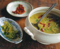 Suppe lavet kun på porrer, kartofler, vand og salt.
