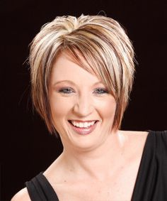 short hairstyles for round faces and double chins