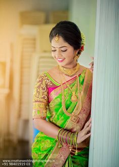 Real Brides Style-Get Inspired From Real Brides Shot by Wedding Photography Indian Bride Poses, Indian Bridal Photos, Indian Bridal Sarees, Indian Wedding Photography Poses, Indian Bridal Fashion, Bride Photography, South Indian Bride, Indian Beauty Saree, Wedding Saree Collection