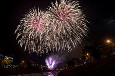 Golden fireworks - null