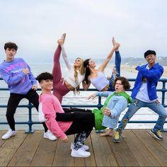 Dance Choreography Videos, Dance Videos, Shooting Photo Amis, Boys Vs Girls, Charlie Video, Applis Photo, Influencer, Girl Celebrities, Famous Girls