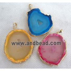 Agate slab pendant with druzy, freeform, mixed color (GMPDA2491) approx 20-50mm