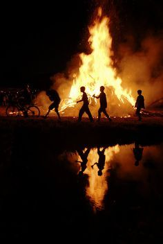 Use to have big bonfires for homecoming but was banned in the early 70,s during energy crisis. Said it was contributing to the air pollution problem.