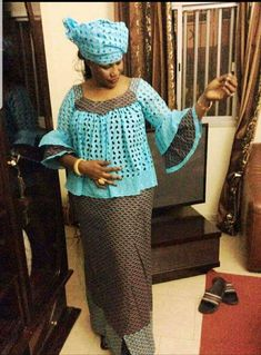 Wo men s fashion African Fashion Skirts, African Print Dresses, African Dresses For Women, African Print Fashion, African Women, African Lace, African Wear, African Attire, African Fabric