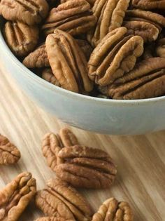 Skinny Slow Cooker- Sweet and Spicy Pecans