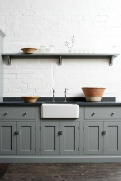 Kitchen With Apron Sink And Soapstone Countertops : Installing Soapstone Countertops In Your Kitchen