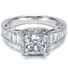 Tacori - Art deco styling and lavish detailing evoke a vintage sensibility - Engagement Ring