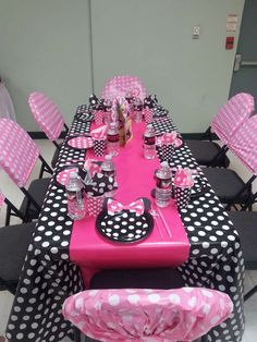 Mimichee 's Birthday / Mickey Mouse / Minnie Mouse - Photo Gallery at Catch My Party Minnie Mouse Theme Party, Minnie Mouse First Birthday, Minnie Mouse Pink, Mickey Birthday, Mickey Party, Baby 1st Birthday, 2nd Birthday Parties, Mickey Mouse, Minnie Mouse Decorations