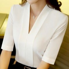 I really need some sort of all white blouse. I've posted styles that are pre… Ich habe eine Art weiße Bluse. Formal Blouses, Formal Tops, White Blouses, Blouse And Skirt, Blouse Outfit, Blouse Styles, Blouse Designs, Sleeve Designs, Office Fashion